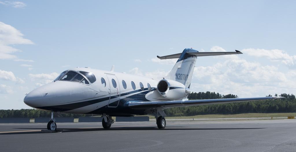 Beechjet 400A ADS-B