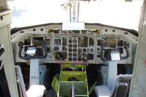 349 teardown cockpit-Web