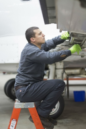 Challenger Aircraft Maintenance